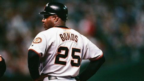 HOUSTON, TX- OCTOBER 4: Barry Bonds of the San Francisco Giants looks on against the Houston Astros on October 4, 2001 at Minute Maid Park in Houston, Texas. (Photo by Sporting News via Getty Images)