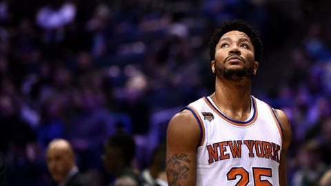 MILWAUKEE, WI - JANUARY 06:  Derrick Rose #25 of the New York Knicks walks onto the court prior to a game against the Milwaukee Bucks at BMO Harris Bradley Center on January 6, 2017 in Milwaukee, Wisconsin.  NOTE TO USER: User expressly acknowledges and agrees that, by downloading and or using this photograph, User is consenting to the terms and conditions of the Getty Images License Agreement.  (Photo by Stacy Revere/Getty Images)