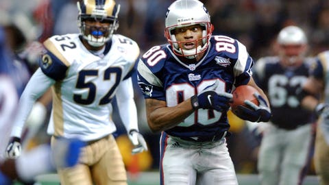 Troy Brown's 23-yard catch brings the Pats into field-goal range with 33 seconds left (SB XXXVI vs. Rams)