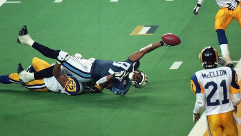 Tennessee Titans -- A yard short (Super Bowl XXXVIX vs. Rams, 1999)