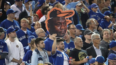 Player, coach or mascot is Crying Jordan'd before 2nd quarter