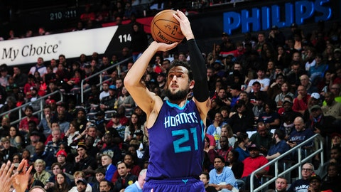 ATLANTA, GA - DECEMBER 17:   Marco Belinelli #21 of the Charlotte Hornets shoots the ball against the Atlanta Hawks during the game on December 17, 2016 at Philips Arena in Atlanta, Georgia.  NOTE TO USER: User expressly acknowledges and agrees that, by downloading and/or using this Photograph, user is consenting to the terms and conditions of the Getty Images License Agreement. Mandatory Copyright Notice: Copyright 2016 NBAE (Photo by Scott Cunningham/NBAE via Getty Images)