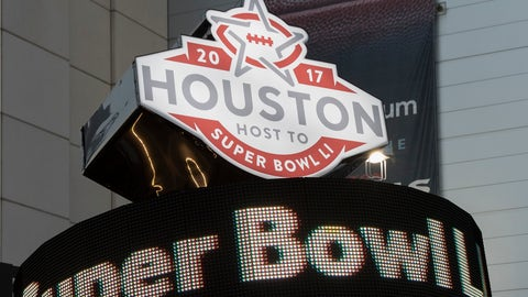 HOUSTON, TX - DECEMBER 24: A sign outside the stadium promotes Super Bowl LI before the game between the Houston Texans and the Cincinnati Bengals at NRG Stadium on December 24, 2016 in Houston, Texas. (Photo by Tim Warner/Getty Images)