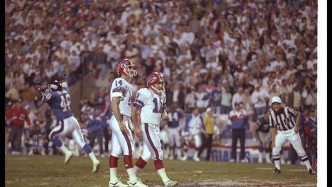 Buffalo Bills -- Wide right (Super Bowl XXV vs. Giants, 1990)