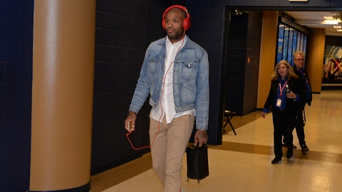 DENVER, CO - MARCH 10:  P.J. Tucker #17 of the Phoenix Suns arrives before the game against the Denver Nuggets on March 10, 2016 at the Pepsi Center in Denver, Colorado. NOTE TO USER: User expressly acknowledges and agrees that, by downloading and/or using this Photograph, user is consenting to the terms and conditions of the Getty Images License Agreement. Mandatory Copyright Notice: Copyright 2016 NBAE  (Photo by Garrett Ellwood/NBAE via Getty Images)