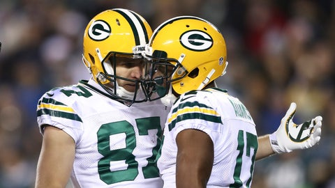 PHILADELPHIA, PA - NOVEMBER 28: Jordy Nelson #87 and Davante Adams #17 of the Green Bay Packers celebrate after a touchdown by Adams in the first quarter against the Philadelphia Eagles at Lincoln Financial Field on November 28, 2016 in Philadelphia, Pennsylvania. (Photo by Elsa/Getty Images)