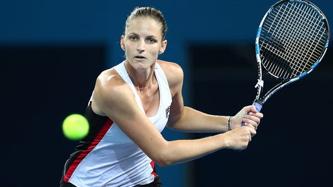 BRISBANE, AUSTRALIA - JANUARY 07:  Karolina Pliskova of the Czech Republic plays a backhand against Alize Cornet of France during the Women's Final on day seven of the 2017 Brisbane International at Pat Rafter Arena on January 7, 2017 in Brisbane, Australia.  (Photo by Chris Hyde/Getty Images)