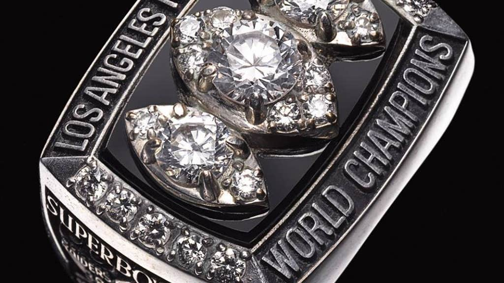 50 pictures of 50 Super Bowl rings, in all their diamond
