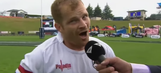 Rugby player ends outrageous interview by singing Barney song to his kids