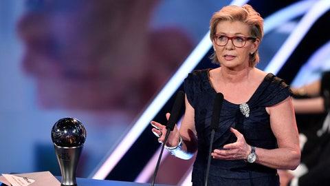 Best FIFA Women's Coach Award: Silvia Neid