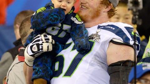 Paul McQuistan with son Shane (Super Bowl XLVIII)