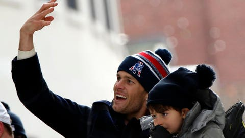 Tom Brady and son Benjamin (Super Bowl XLIX)