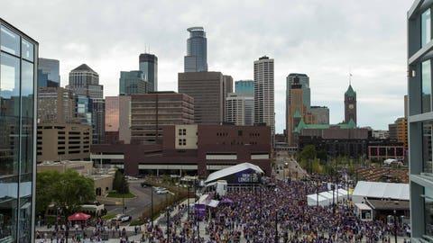 Minneapolis (Metrodome, U.S. Bank Stadium) - 2018