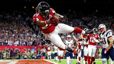 Devonta Freeman gets the Falcons on the board