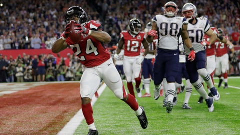 Devonta Freeman breaks the ice for Falcons' fans