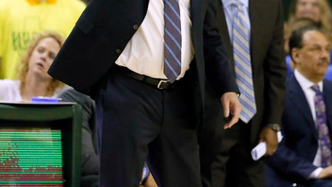 Kansas head coach Bill Self instructs his team in the second half of an NCAA college basketball game against Baylor on Saturday, Feb. 18, 2017, in Waco, Texas. (AP Photo/Tony Gutierrez)