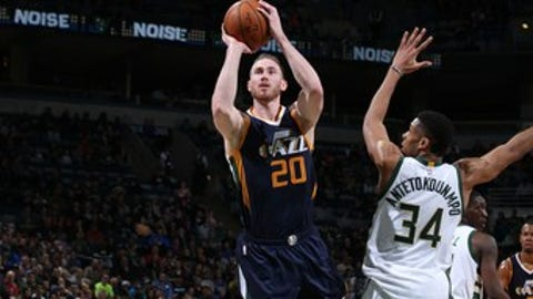 Milwaukee, WI - FEBRUARY 24: Gordon Hayward #20 of the Utah Jazz shoots the ball against the Milwaukee Bucks on February 24, 2017 at the BMO Harris Bradley Center in Milwaukee, Wisconsin. NOTE TO USER: User expressly acknowledges and agrees that, by downloading and or using this Photograph, user is consenting to the terms and conditions of the Getty Images License Agreement. Mandatory Copyright Notice: Copyright 2017 NBAE (Photo by Gary Dineen/NBAE via Getty Images)