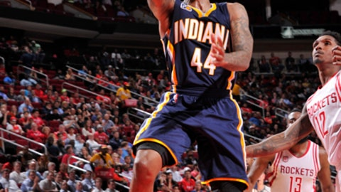 HOUSTON, TX - FEBRUARY 27:  Jeff Teague #44 of the Indiana Pacers goes up for a shot during a game against the Houston Rockets on February 27, 2017 at the Toyota Center in Houston, Texas. NOTE TO USER: User expressly acknowledges and agrees that, by downloading and/or using this photograph, user is consenting to the terms and conditions of the Getty Images License Agreement. Mandatory Copyright Notice: Copyright 2017 NBAE (Photo by Bill Baptist/NBAE via Getty Images)