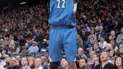 SACRAMENTO, CA - FEBRUARY 27:  Andrew Wiggins #22 of the Minnesota Timberwolves shoots the ball against the Sacramento Kings on February 27, 2017 at Golden 1 Center in Sacramento, California. NOTE TO USER: User expressly acknowledges and agrees that, by downloading and or using this Photograph, user is consenting to the terms and conditions of the Getty Images License Agreement. Mandatory Copyright Notice: Copyright 2017 NBAE (Photo by Rocky Widner/NBAE via Getty Images)