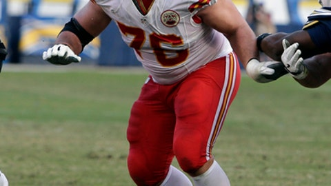 Kansas City Chiefs offensive guard Laurent Duvernay-Tardif (76) during an NFL football game against the San Diego Chargers Sunday, Jan. 1, 2017, in San Diego. (AP Photo/Rick Scuteri)