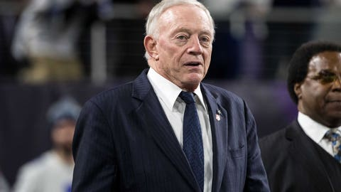 Shannon: Jerry Jones is vastly overestimating his own quarterbacks