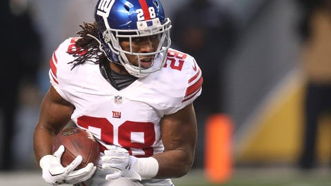 Dec 4, 2016; Pittsburgh, PA, USA;  New York Giants running back Paul Perkins (28) rushes the ball against the Pittsburgh Steelers during the first quarter at Heinz Field. Mandatory Credit: Charles LeClaire-USA TODAY Sports