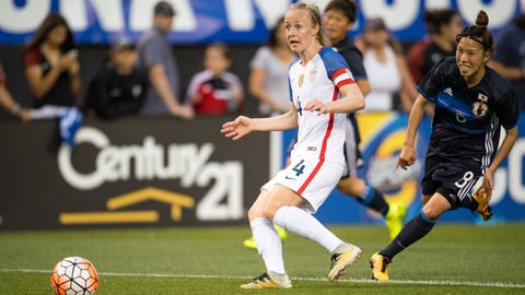 CLEVELAND, OH - JUNE 5:  Becky Sauerbrunn #4 of the U.S. Women's National Team controls the ball while under pressure from Sonoko Chiba #8 of Japan during the second half of a friendly match on June 5, 2016 at FirstEnergy Stadium in Cleveland, Ohio. (Photo by Jason Miller/Getty Images)