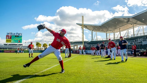 FT. MYERS, FL - FEBRUARY 23: Roenis Elias #29 of the Boston Red Sox warms up before a game against Northeastern University on February 23, 2017 at Fenway South in Fort Myers, Florida . (Photo by Billie Weiss/Boston Red Sox/Getty Images)