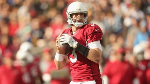 LOS ANGELES, CA - JANUARY 01:  Quarterback Carson Palmer #3 of the Arizona Cardinals sets to throw a pass against the Los Angeles Rams at Los Angeles Memorial Coliseum on January 1, 2017 in Los Angeles, California.  (Photo by Stephen Dunn/Getty Images)