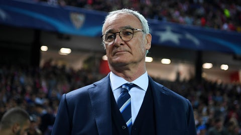 SEVILLE, SPAIN - FEBRUARY 22:  Claudio Ranieri, manager of Leicester City looks on before the UEFA Champions League Round of 16 first leg match between Sevilla FC and Leicester City at Estadio Ramon Sanchez Pizjuan on February 22, 2017 in Seville, Spain.  (Photo by Michael Regan/Getty Images)