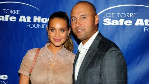 NEW YORK, NY - NOVEMBER 10:  (L-R) Hannah Davis and Derek Jeter attend the Joe Torre Safe At Home Foundation's 14th Annual Celebrity Gala at Cipriani 25 Broadway on November 9, 2016 in New York City. (Photo by Paul Bruinooge/Patrick McMullan via Getty Images)
