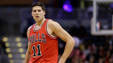 Chicago Bulls' Doug McDermott during an NBA basketball game against the Milwaukee Bucks Thursday, Dec. 15, 2016, in Milwaukee. (AP Photo/Aaron Gash)