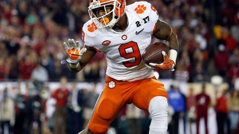 New York Giants: RB Wayne Gallman (4th round, No. 140)