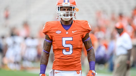 September 12, 2015: Clemson wide receiver Germone Hopper (5) during pre-game between the Clemson Tigers and Appalachian State Mountaineers at Memorial Stadium in Clemson, SC. (Icon Sportswire via AP Images)
