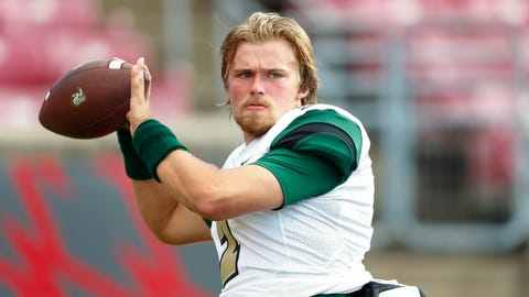 LOUISVILLE, KY - SEPTEMBER 01: Kevin Olsen #2 of the Charlotte 49ers warms up before the game against the Louisville Cardinals at Papa John's Cardinal Stadium on September 1, 2016 in Louisville, Kentucky. Louisville defeated Charlotte 70-14. (Photo by Michael Hickey/Getty Images)