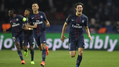 Edinson Cavani is the world's most complete forward
