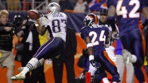 12 touchdown receptions (1 player)