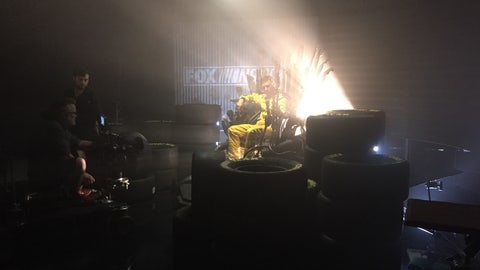 Lights behind Kenseth