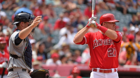 ANAHEIM, CA - JUNE 28: Catcher Mike Zunino #3 of the Seattle Mariners calls for an intentional walk with Mike Trout #27 of the Los Angeles Angels of Anaheim at bat during the eighth inning of the game at Angel Stadium of Anaheim on June 28, 2015 in Anaheim, California. (Photo by Matt Brown/Angels Baseball LP/Getty Images)