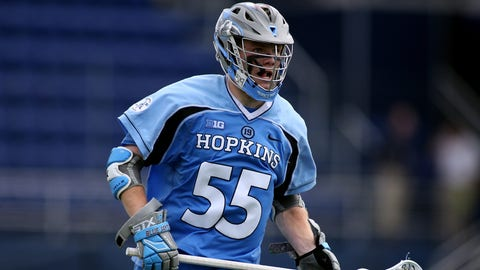 May 17, 2015: Johns Hopkins midfielder Joel Tinney (55) in action during the NCAA lacrosse quarterfinals between Johns Hopkins and Syracuse at Navy-Marine Corps Memorial Stadium in Annapolis, Maryland. (Icon Sportswire via AP Images)