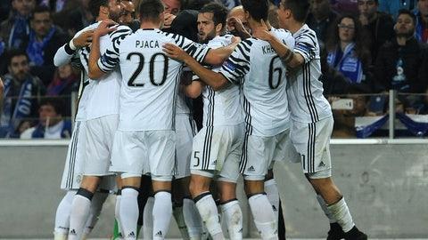 Juventus, +700