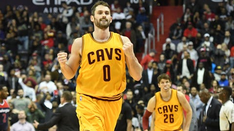 Kevin Love's length-of-the-court touchdown pass