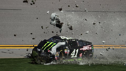 Kurt Busch crashes out