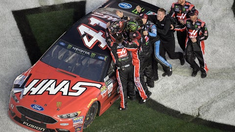 Kurt Busch wins Daytona 500