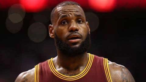 LeBron James suffers a major injury