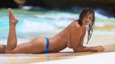 Swimsuit 2017: CuracaoMyla DalbesioCuracao08/11/2016SWIM-146 TK4Credit: Ben Watts