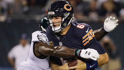 CHICAGO, IL - SEPTEMBER 19:  Quarterback Jay Cutler #6 of the Chicago Bears is sacked by  Malcolm Jenkins #27 of the Philadelphia Eagles in the first quarter at Soldier Field on September 19, 2016 in Chicago, Illinois.  (Photo by Jonathan Daniel/Getty Images)