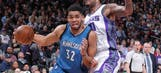 Towns, Wiggins dominate for Wolves in win over Kings