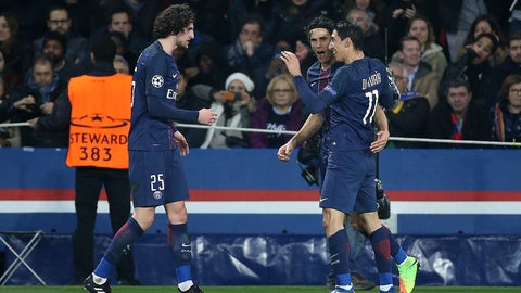 PARIS, FRANCE - FEBRUARY 14: Angel Di Maria of PSG celebrates with Adrien Rabiot, Edinson Cavani scoring the first goal of PSG during the UEFA Champions League Round of 16 first leg match between Paris Saint-Germain and FC Barcelona at Parc des Princes on February 14, 2017 in Paris, France. (Photo by Jean Catuffe/Getty Images)
