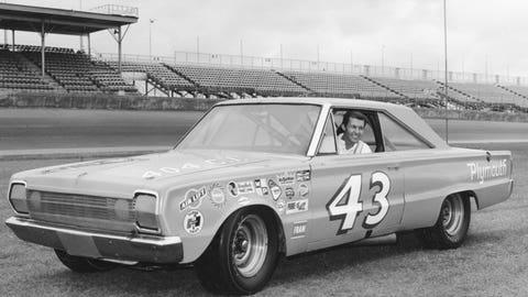 1966, Richard Petty, 160.927 mph